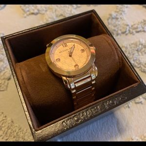 🕰Rose Gold Michael Kors Watch